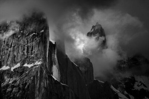 Nameless Tower - zdjęcie produktowe wydruku fotograficznego